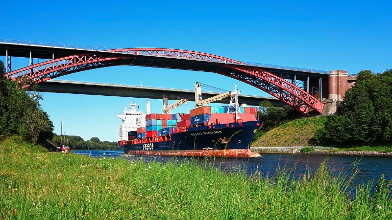 Levensauer Hochbrücke über den Nord-Ostsee-Kanal