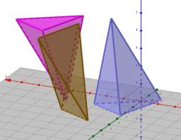 Tetraedres dins d'un prisma