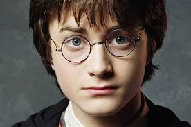 Harry Potterren aurpegia zati bitan banatuko dogu