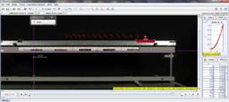 Mozgás vízszintes, légpárnás sínen, fúvóka gyorsításával (lassan) – Videoelemzés
