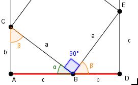 [math]\large{\textcolor{#007700}{\alpha}+\textcolor{blue}{E\hat{B}C}+\textcolor{#ff7f00}{\beta'} = 180°}[/math].  Dato che [math]\large{\textcolor{#007700}{\alpha}+\textcolor{#ff7f00}{\beta} = 90°}[/math] perché insieme all'angolo retto in [math]\large{A}[/math] devono fare [math]\large{180°}[/math], ne possiamo dedurre che [math]\large{\textcolor{blue}{E\hat{B}C}= 90°}[/math]